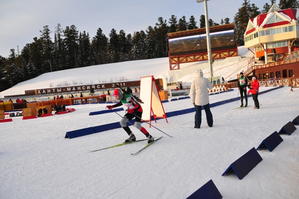 ...округа по биатлону среди спортивных школ прошла в Центре зимних видов спорта им. А.В. Филипенко 26 февраля.